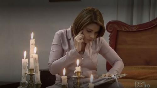 Sara encuentra un diario en la cabaña