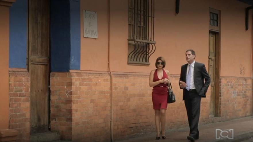 Sara y Eduardo salen juntos
