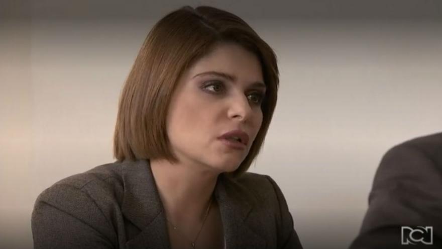 Sara se encuentra con Sebastian