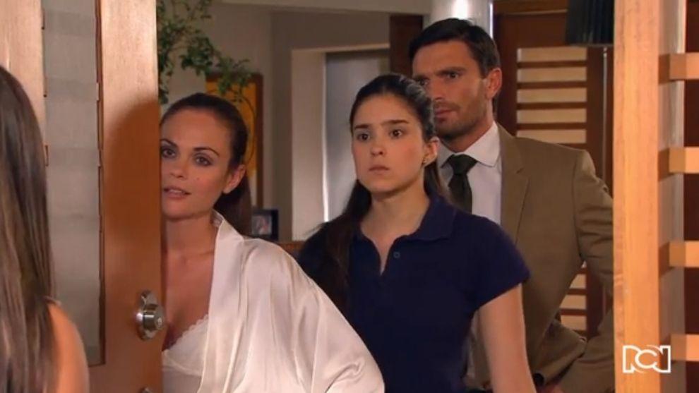 Gabriela es descubierta por Felipe