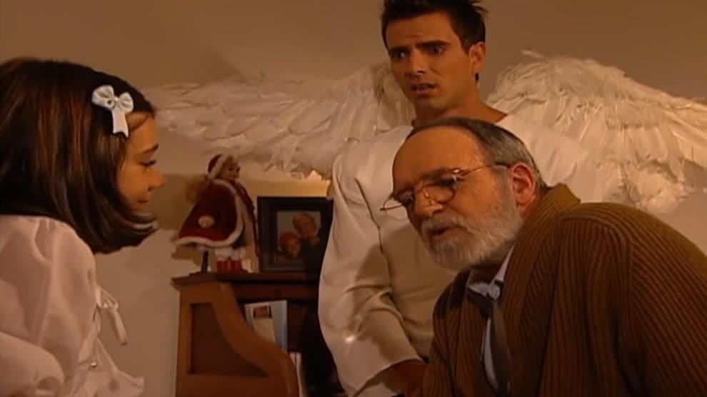Martina encuentra una carta en su cuarto que dice que debe ir donde Fortunato antes de las 7:00 p.m. Ella cree que es una broma y piensa que se está enloqueciendo.
