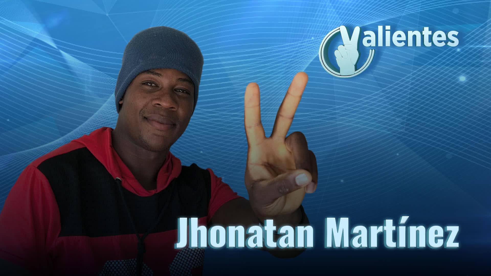 Jhonatan, su historia de película y su labor social