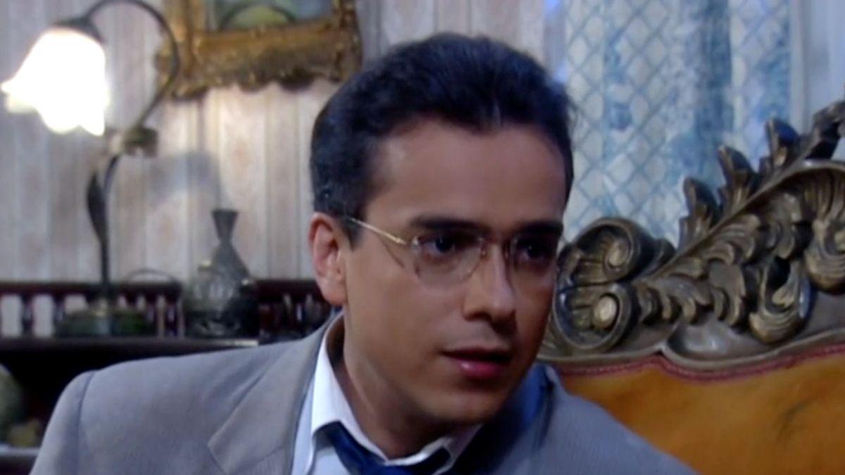 Armando va a buscar a Betty a su casa y se encuentra con una sorpresa