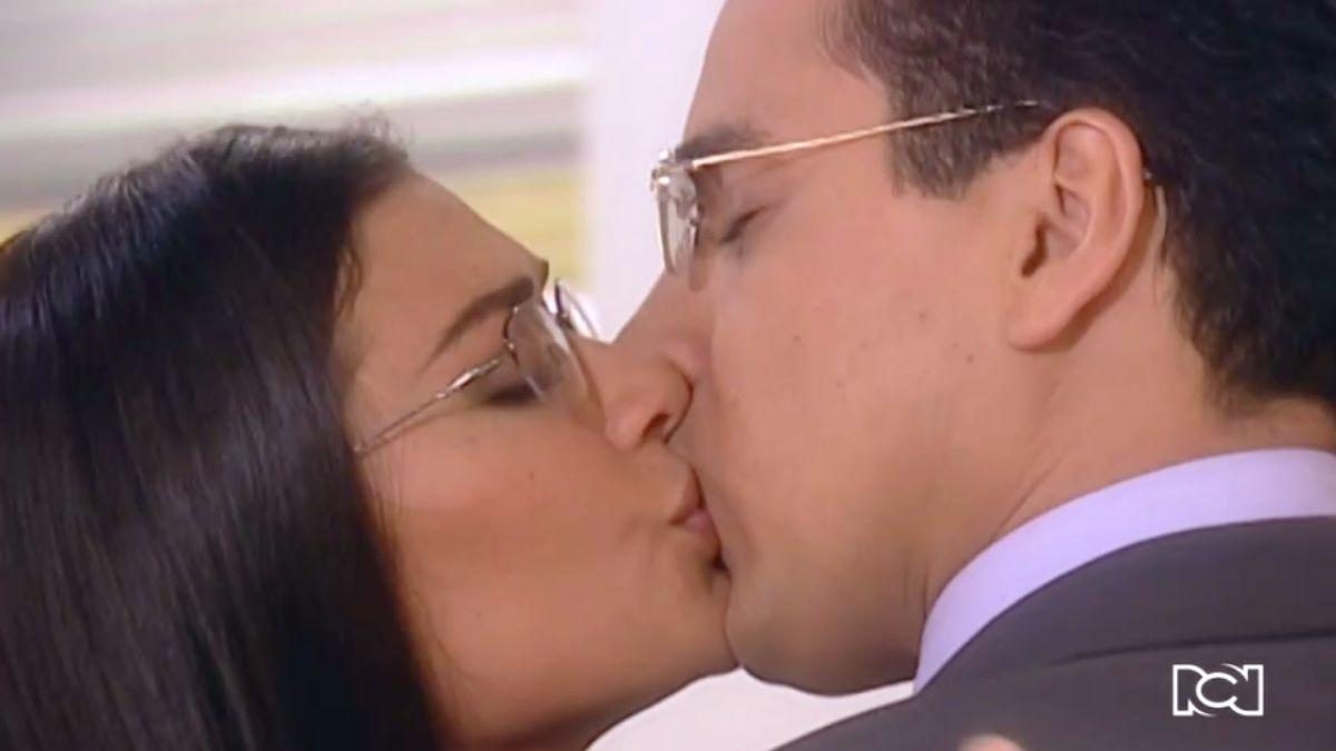 Armando y Betty se reconcilian