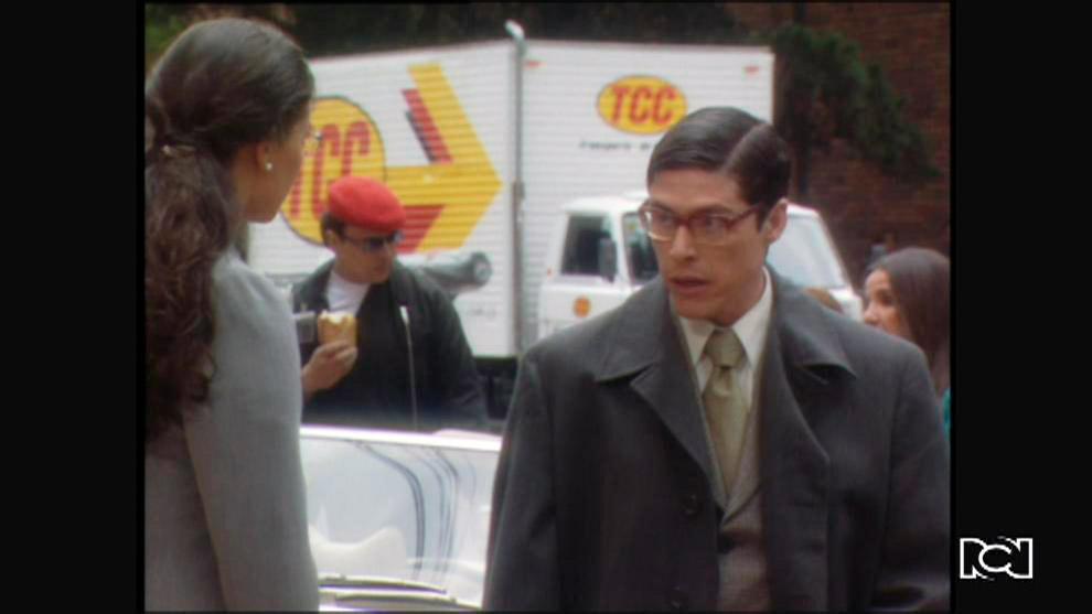 Yo soy Betty, la fea | Capitulo 135 | Betty se sorprende al ver que Nicolás compró el carro de 'La Peliteñida'