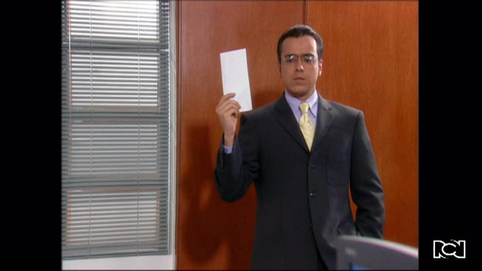 Armando renuncia a Ecomoda