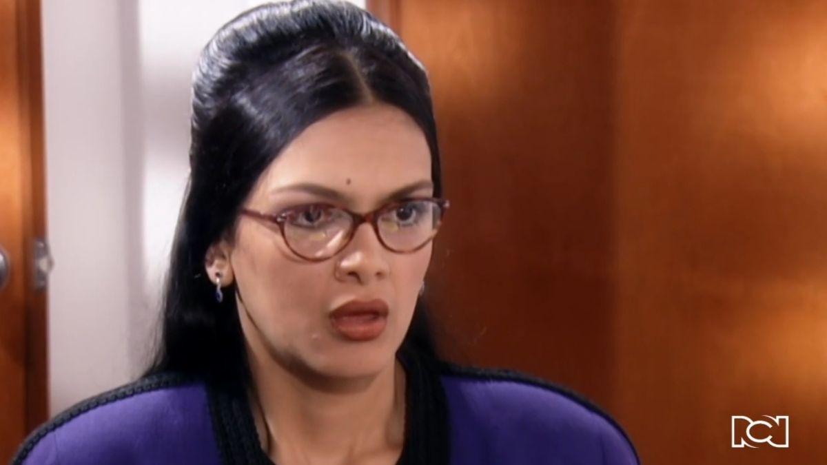 Capítulo 48 | Sandra le miente a Mario Calderón por encubrir a Betty