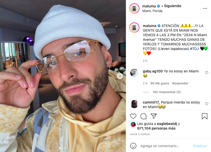 Así reaccionó Maluma al ver un poster suyo en Miami
