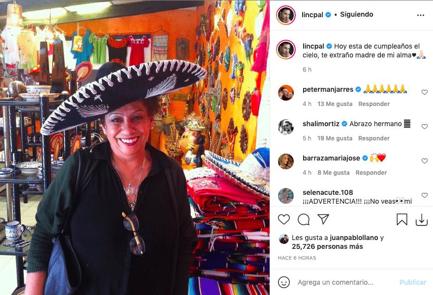 Lincoln Palomeque conmemora cumpleaños de su mamá con foto de ella en vida