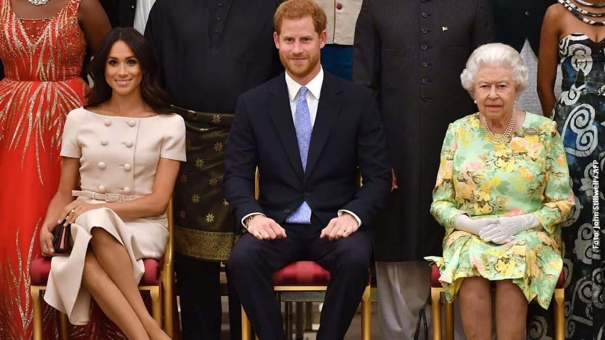 Los duques de Sussex con la reina Isabel ll.