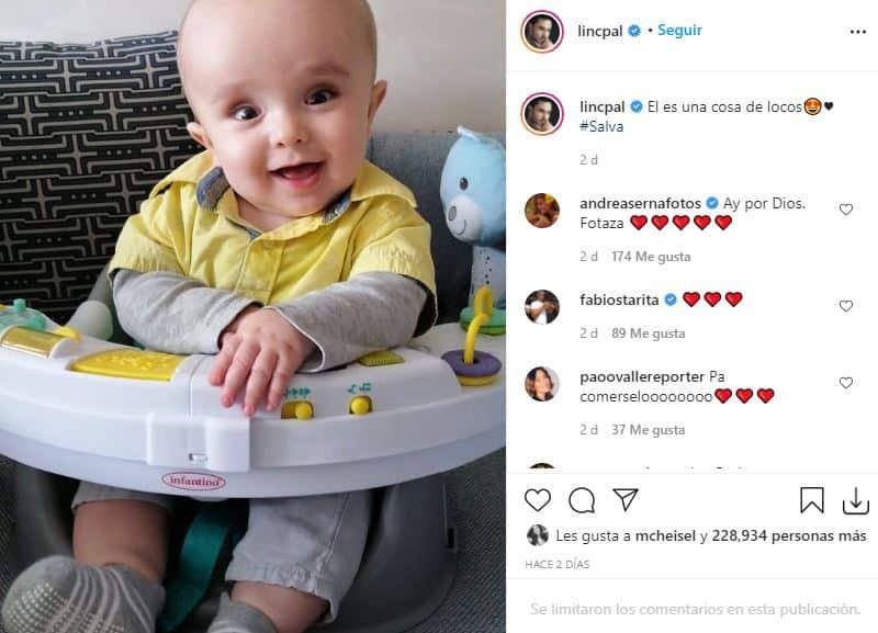 Salvador enternece en foto que posteó su papá Lincoln Palomeque