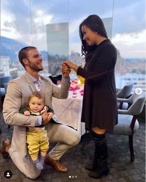 Alex Adames irá al altar con la madre de su hijo.