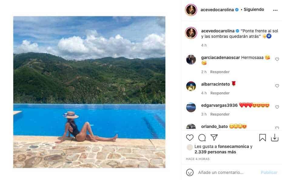Carolina Acevedo sorprendió a sus fans con atractiva foto cerca de una piscina
