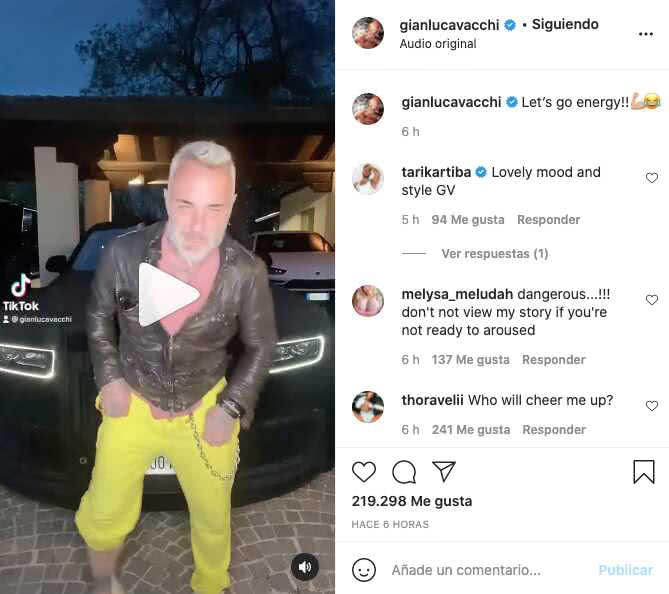 Gianluca Vacchi se grabó bailando en frente de lujoso carro