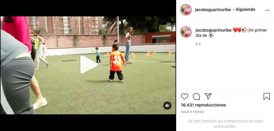 ¿Seguirá los pasos del papá? Hijo de Sara Uribe comienza clases de fútbol