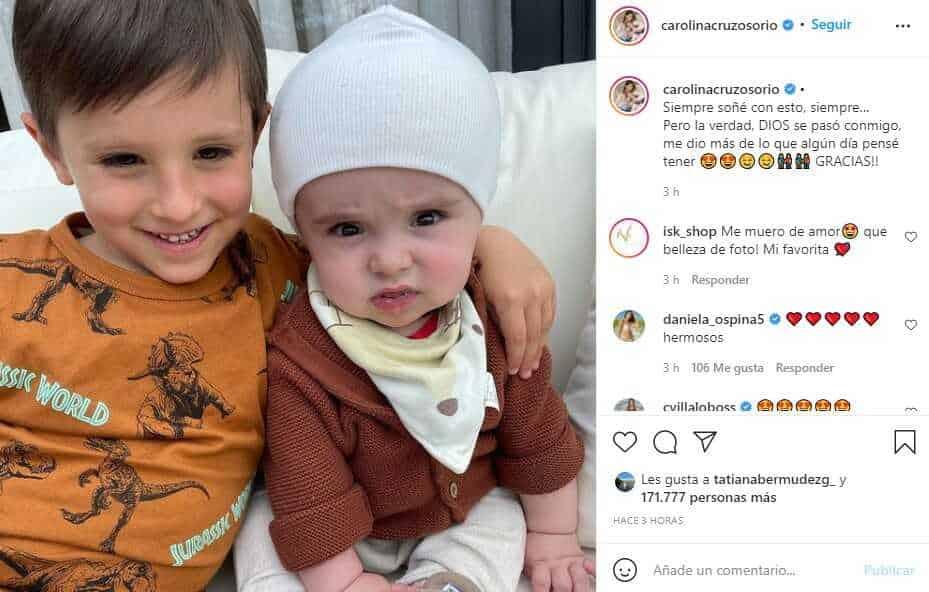 Carolina Cruz compartió tierna foto de Salvador y enamoró con su outfit