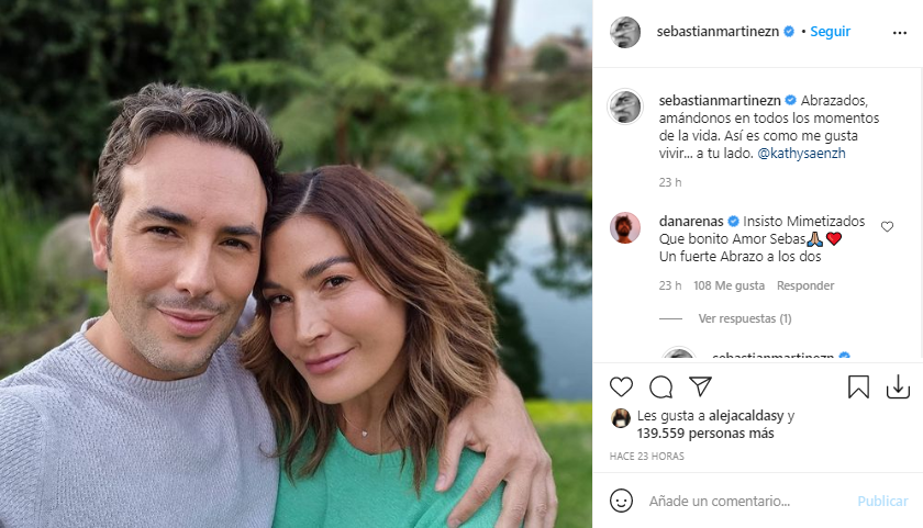 Sebastián y Kathy romantica foto
