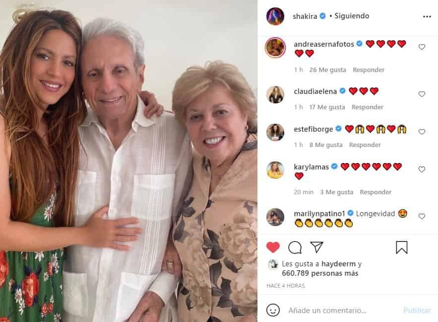 shakira felicita a su papa en sus 90 años