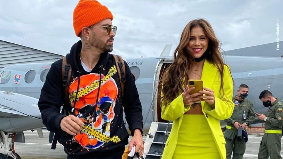 mike bahia divierte al elogiar a greeicy rendon