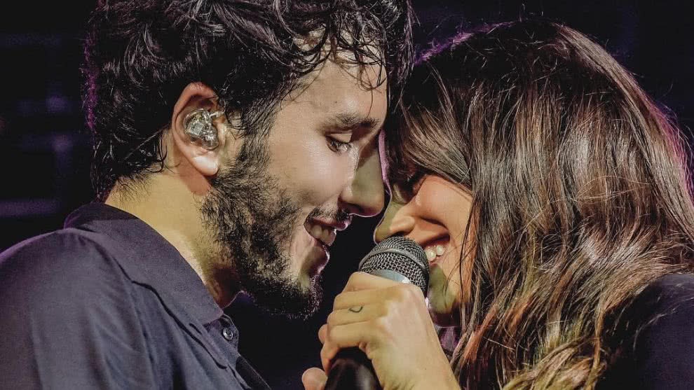 sebastian-yatra-tini-stoessel-fotos-avion-video-romanticos-instagram