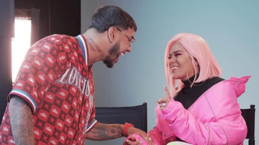 karol-g-anuel-aa-video-mar